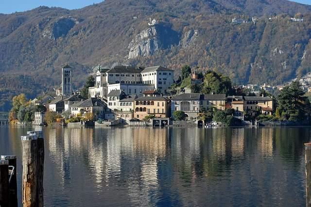 Isola di San Giulio Lago d'Orta