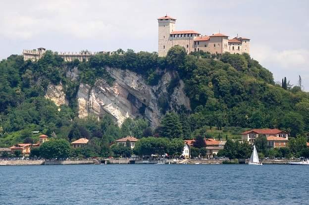 Castello Borromeo Lago Maggiore