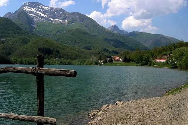 Lago di Gramolazzo, itinerari, percorsi e curiosità