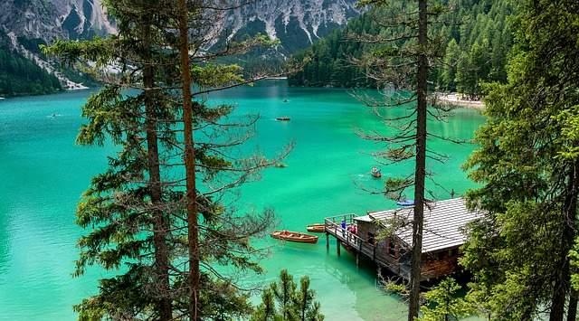 Lago di Braies, una perla sulle Dolomiti