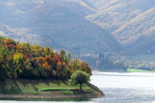Lago del Turano – Cosa visitare e dove alloggiare