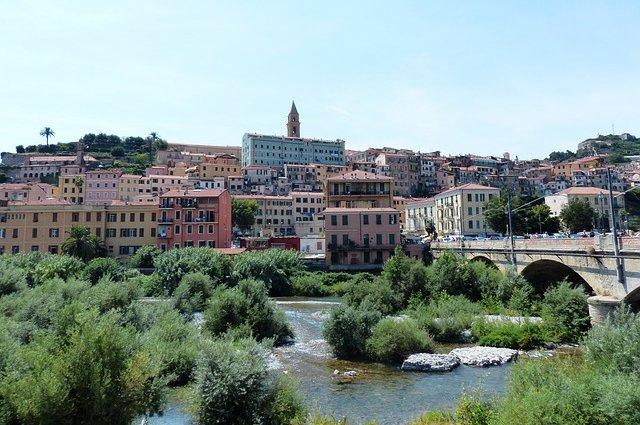 Roia, il fiume che sbocca presso Ventimiglia
